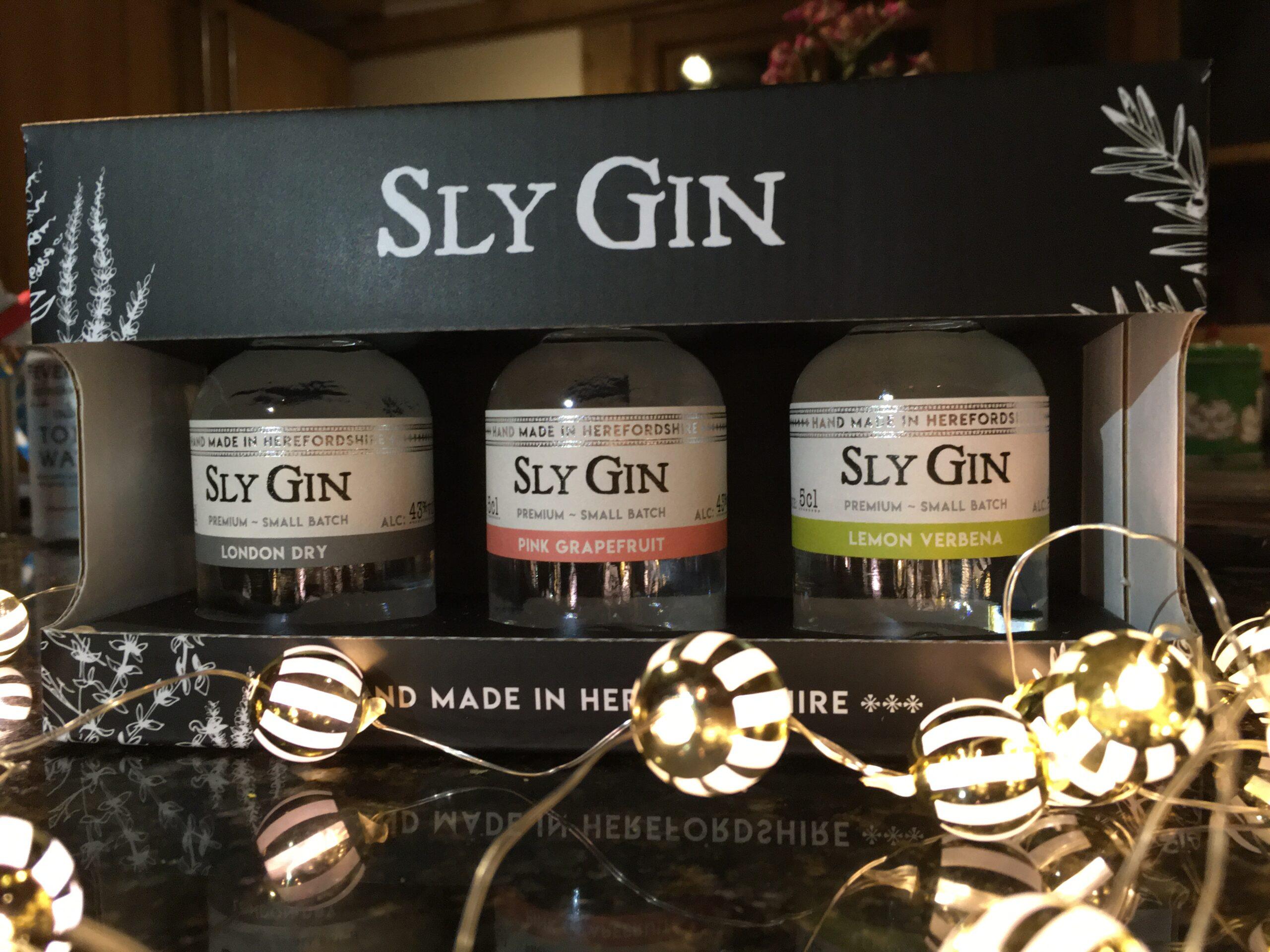 Sly Gin gift set minis