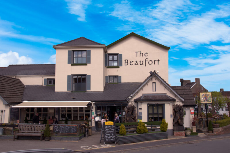 The Beaufort, Raglan